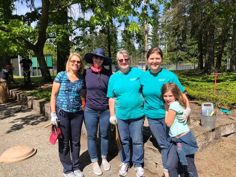 Garden Club Volunteers at Evergreen Playfield