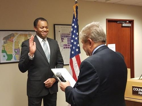 Councilmember Steve Woodard Takes Oath of Office_December 2 2019